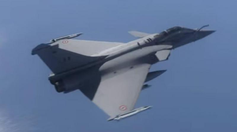 India signed an agreement with France for the purchase of 36 Rafale fighter aircraft in a fly-away condition as part of the upgrading process of the Indian Air Force equipment. (Representational Image)