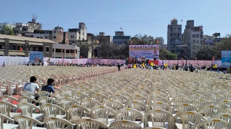 Empty chairs at Fadnavis' Pune rally last week.