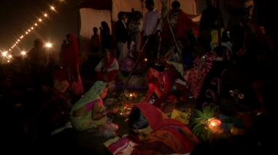 Chhath Puja relives the age-old tradition of paying obeisance to the Sun God. (Photo: Twitter | ANI)