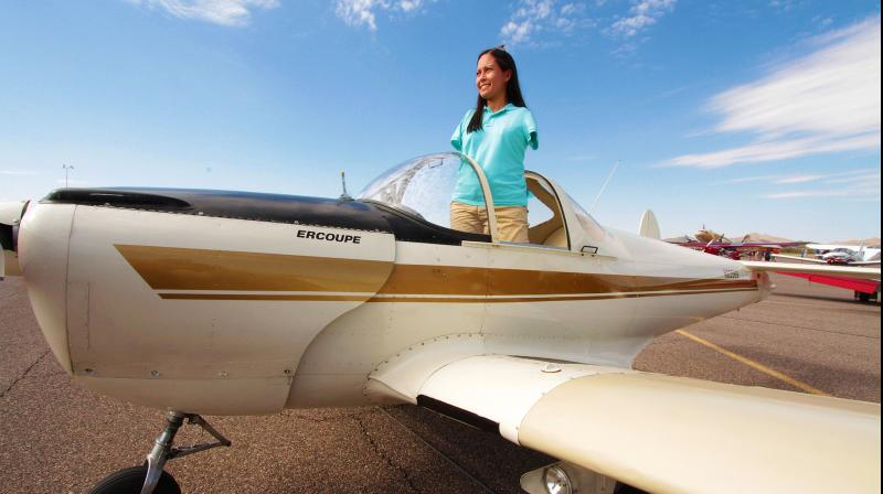 To become the first pilot, she realised that she wouldn't be able to use all the traditional controls. (Photo: www.JessicaCox.com)