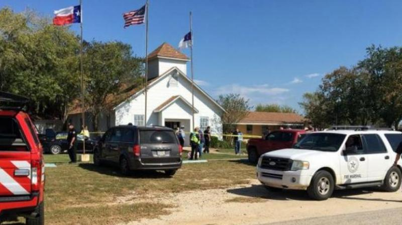 Emergency personnel respond to a fatal shooting at a Baptist church in Sutherland Springs, Texas. (Photo: AP)