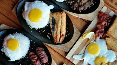 Lose weight by eating breakfast rich with protein