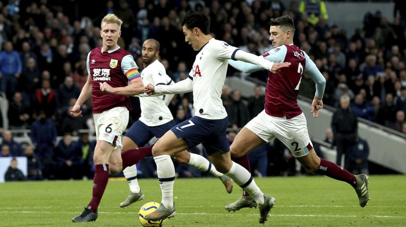 Two classy strikes by Harry Kane and a sensational solo goal by Son Heung-min powered a dominant Tottenham Hotspur to a 5-0 thrashing of Burnley on Saturday, the third straight Premier League defeat for the visitors. (Photo:AP)