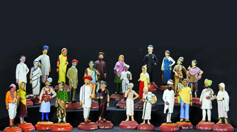 Clay models of Mumbai communities, half-baked terracotta and pigments, early 20th century, Mumbai.