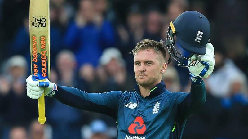Hogg feels that England is struggling to chase targets and the loss against Sri Lanka will affect them psychologically. (Photo: AFP)