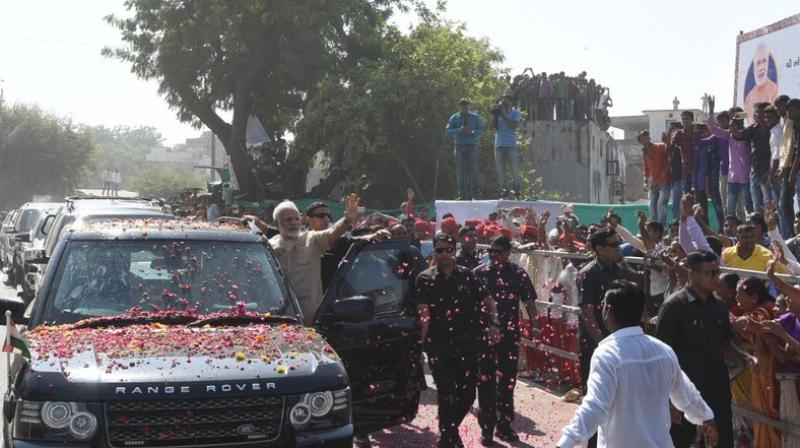The entire city was decorated for the grand welcome of the Prime Minister. (Photo: PMO India/Twitter)