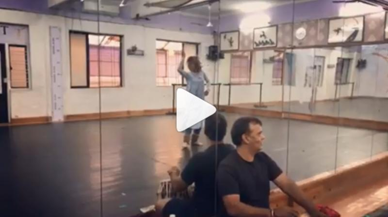 Jacqueline Fernandez's Kathak dance. (Photo: Instagram)