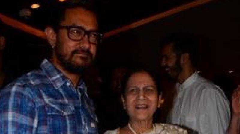 Aamir Khan and Zeenat.