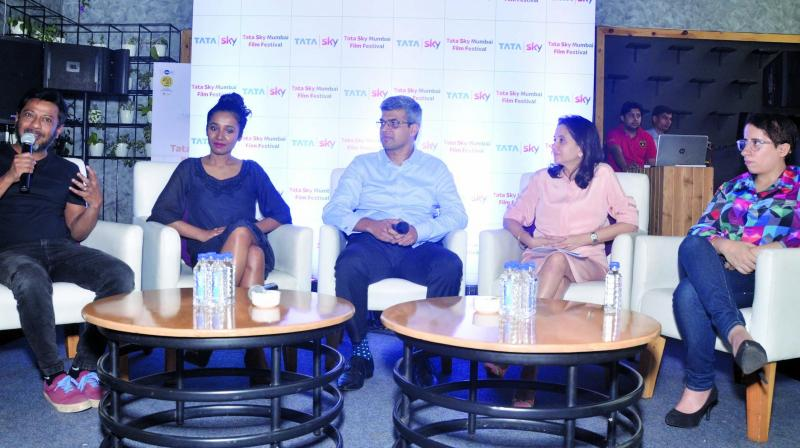 Onir, Tannishtha Chatterjee, Arun Unni, Anupama Chopra and Guneet Monga, who were all a part of the panel.