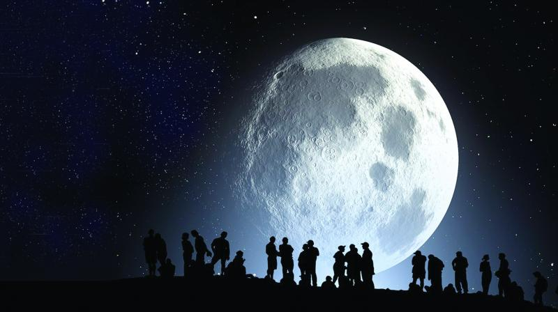 The moon represents feminine energy and runs through a cycle of waxing and waning that spans over 29.5 days.
