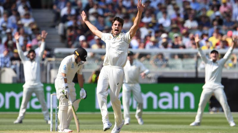 New Zealand collapsed under an unrelenting Australian pace barrage led by Pat Cummins on Saturday, all out for 148 and in danger of a big defeat in the second Test in Melbourne. (Photo:AFP)
