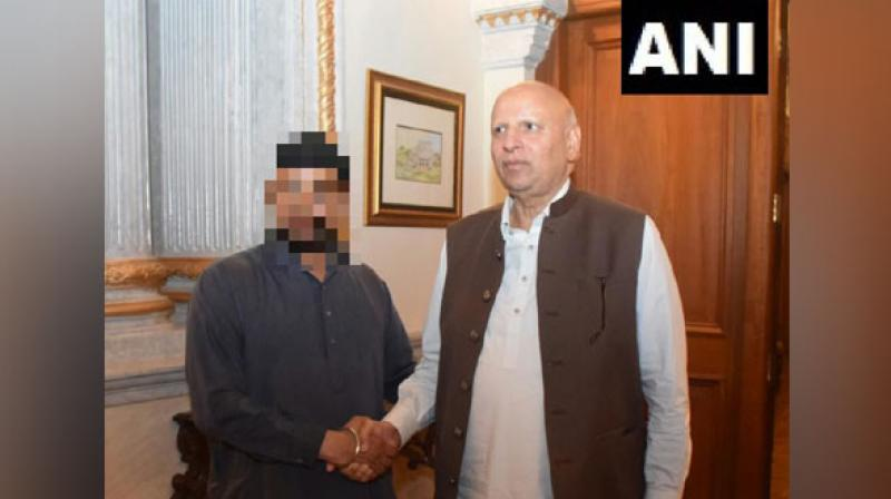 The girl's father, identified as Bhagwan Singh, is a 'granthi' (priest) at Gurudwara Tambu Sahib. Appearing in a video shared by Shiromani Akali Dal (SAD) MLA Manjinder S Sirsa on Thursday, he has sought help from Pakistan Prime Minister Imran Khan for the safe return of his daughter. (Photo: ANI)