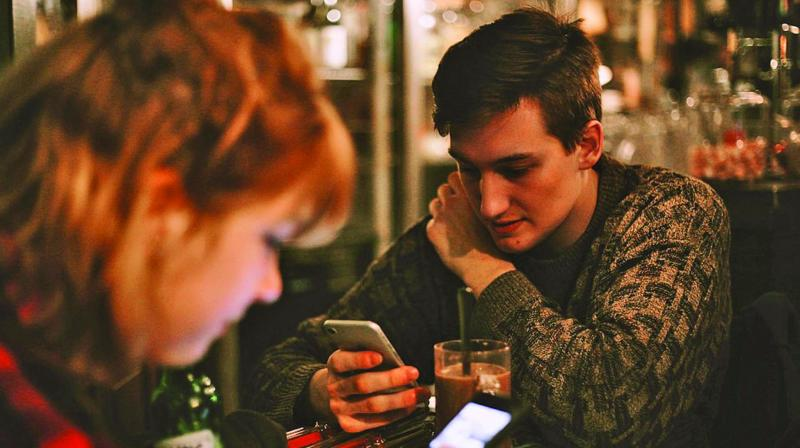 Social media makes us anxious because using it is an addictive behaviour