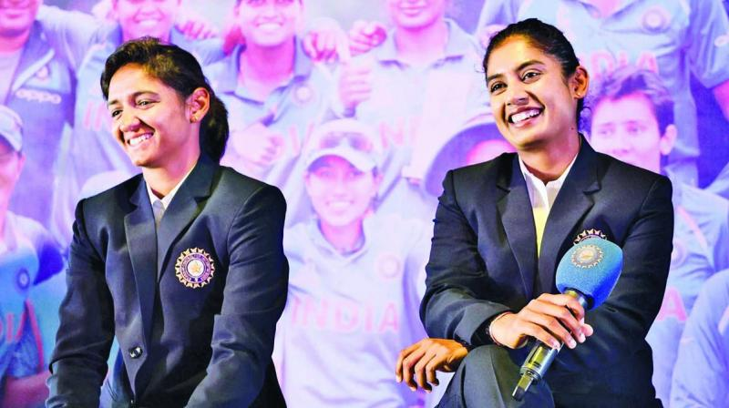 Harmanpreet Kaur (left) and Mithali Raj.