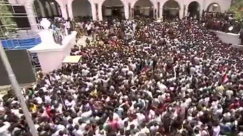 Mortal remains of the DMK patriarch are placed at Rajaji hall since Wednesday morning for visitors to pay their tribute to the late leader. (Photo: Twitter | ANI)