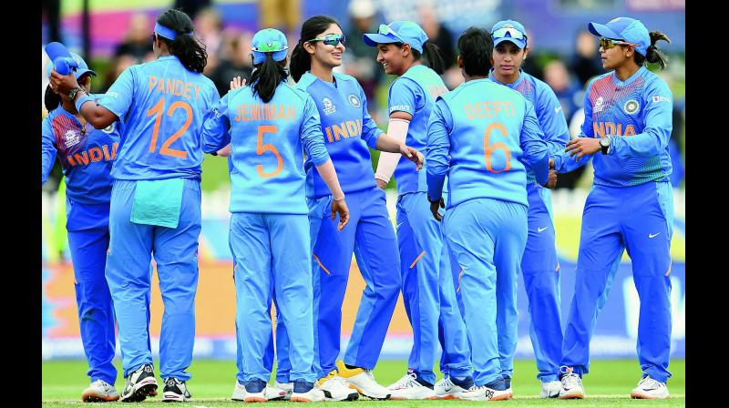 It's not only astrologers, who are predicting India's T-20 World Cup win, even former cricketers are also sending in their wishes and optimistic assurances. (Photo Credit: AFP)