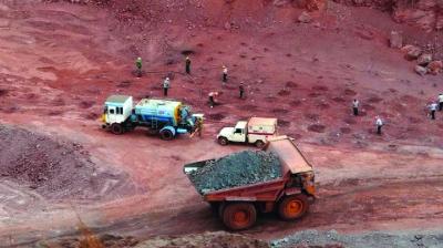 Huge inventories vex Karnataka iron ore miners