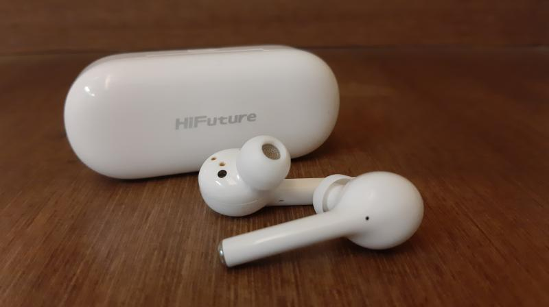 It's very hard to miss that the FutureBuds look very similar to Apple's recently launched Airpods Pro.