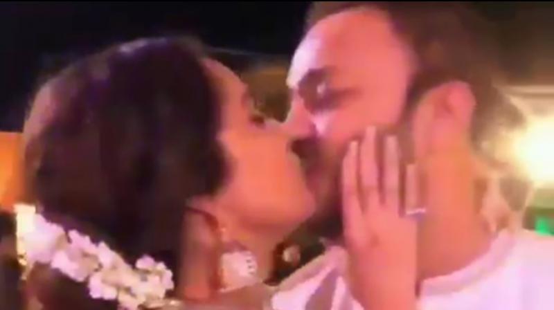 Ankita Lokhande kisses beau Vicky Jain. (Photo: Instagram)