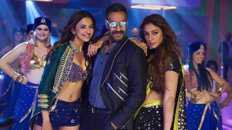 Ajay Devgn, Rakul Preet and Tabu in the still from Hauli Hauli song.