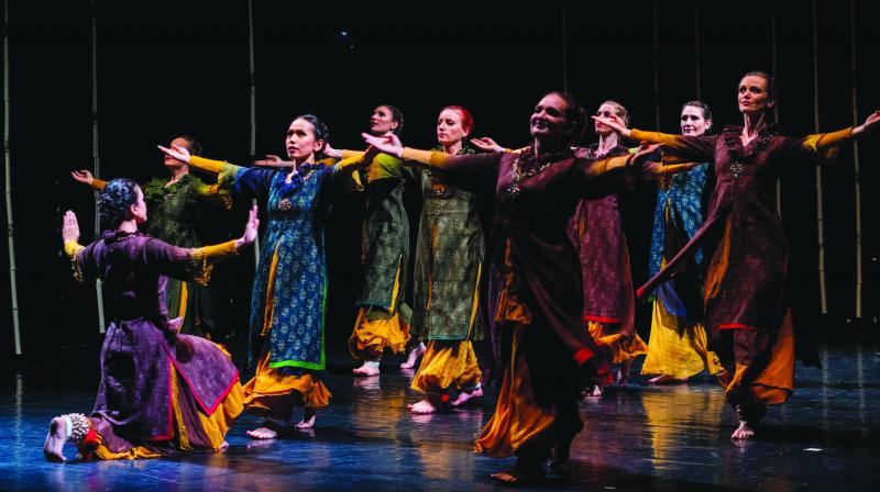 Shila Mehta is an artiste who is keeping the Indian cultural flag flying high by using Kathak and mixing it with modern forms.  — Rudy Carlier