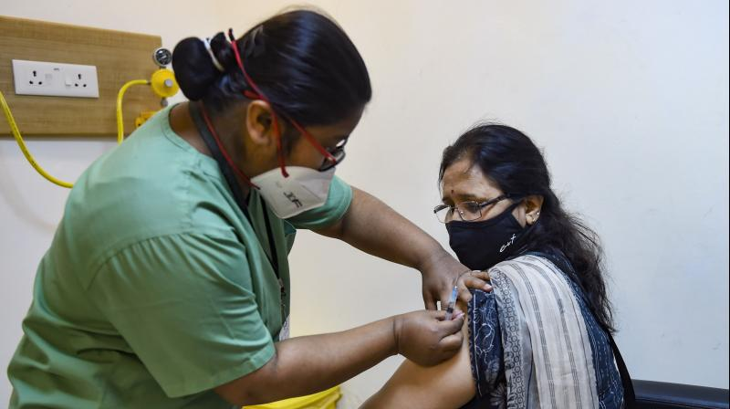 The government must address the production and supply bottlenecks and ensure that the inoculation programme becomes one of the massive healthcare movements India has ever seen. (AFP file PTI)