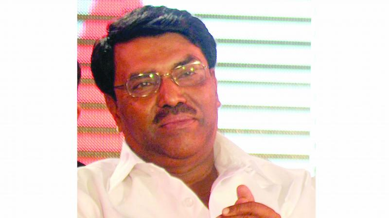 Shiv Sena minister Jayadutt Kshirsagar