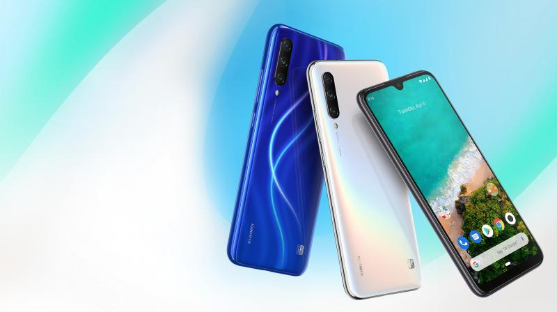 MI A3 is priced at Rs 12,999 (4GB + 64GB) and Rs 15,999 (6GB + 128GB) respectively.