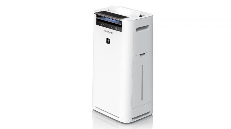 SHARP KC-G40M Air Purifier with Humidifier boasts of smart holistic cleaning of the indoor air using dual technology.