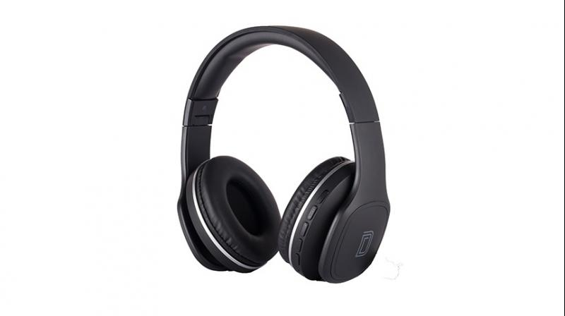 Priced at Rs 1599 and Rs 1699 respectively, the Wireless headphones can be purchased through Detel's website, Mobile app and ecommerce platforms- Flipkart and Paytm mall.