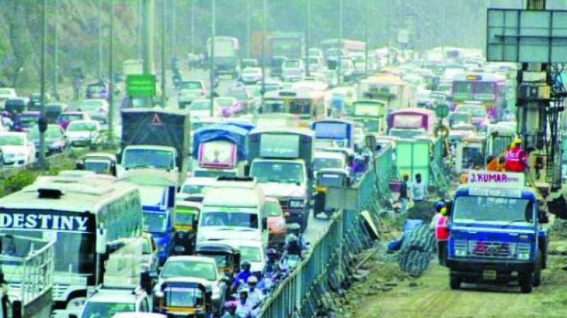 Peak hours have witnessed an increase in the traffic on the subway route.