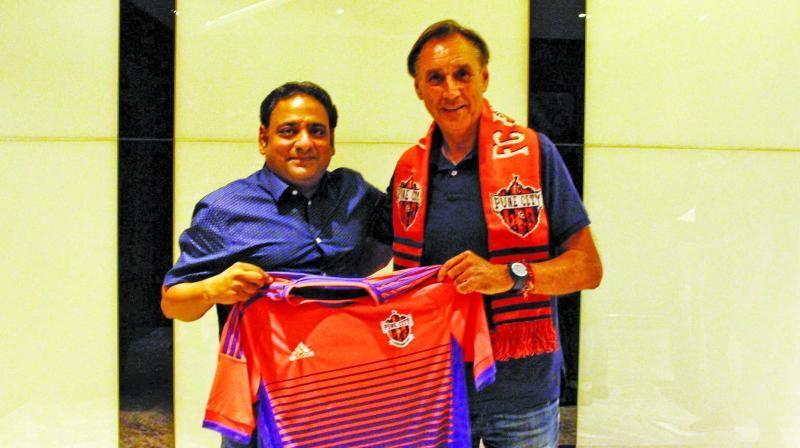 Gaurav Modwel and Miguel Angel Portugal.