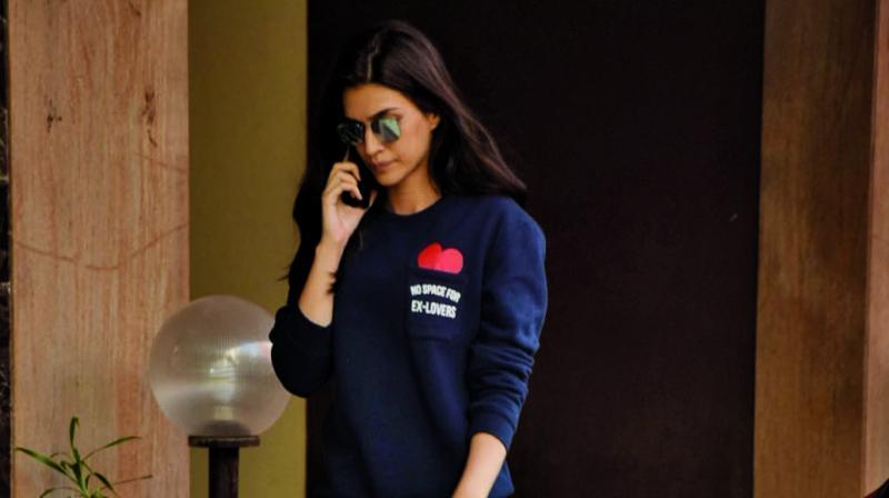 Kriti Sanon seen outside Rakesh Roshan's office
