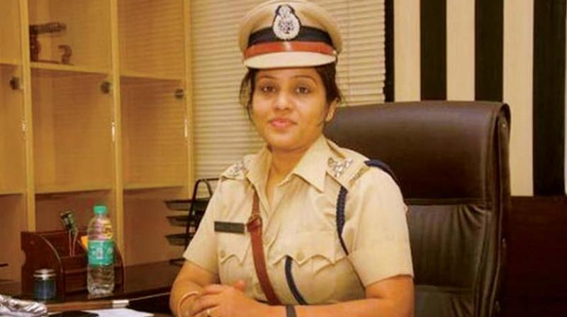 IPS officer D. Roopa.