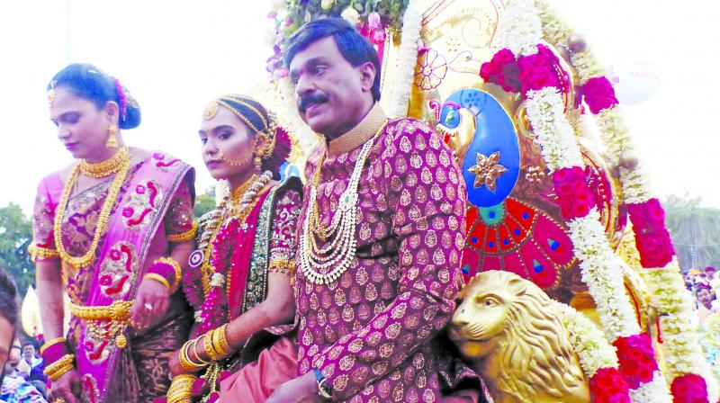 Rs 500 crore wedding fuels Income-Tax heat