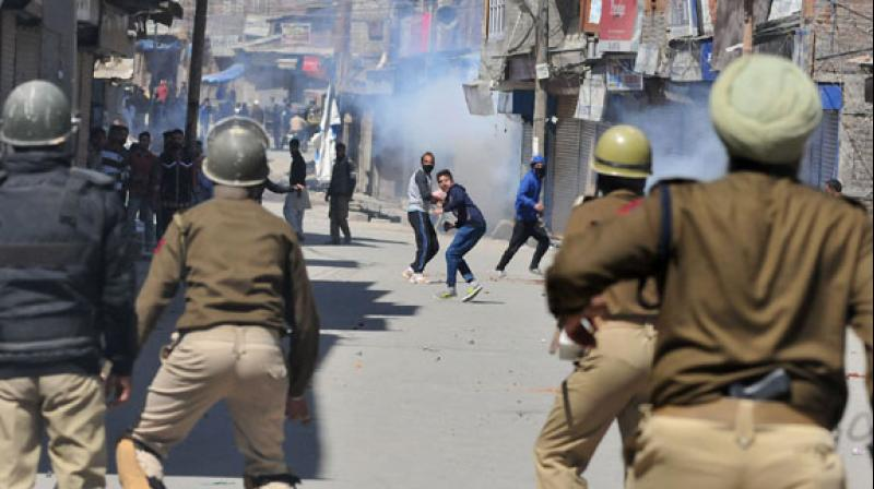 A police official said a security forces vehicle passing through the area was stopped by the protesters, who tried to deflate its tyres. (Photo: Deccan Chronicle/Representational)
