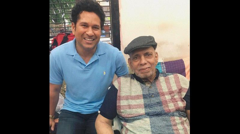 Ramakant Achrekar (87) died of age-related ailments on Wednesday. (Photo: Twitter | @sachin_rt)