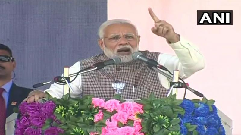 In Bhubaneswar, Prime Minister Modi laid the foundation of Paradip Hyderabad Pipeline Product Project (PHPL) and Bokaro-Angul section of Jagdishpur-Haldia and Bokaro-Dhamra Gas Pipeline Project (PM Urja Ganga). (Photo: ANI)