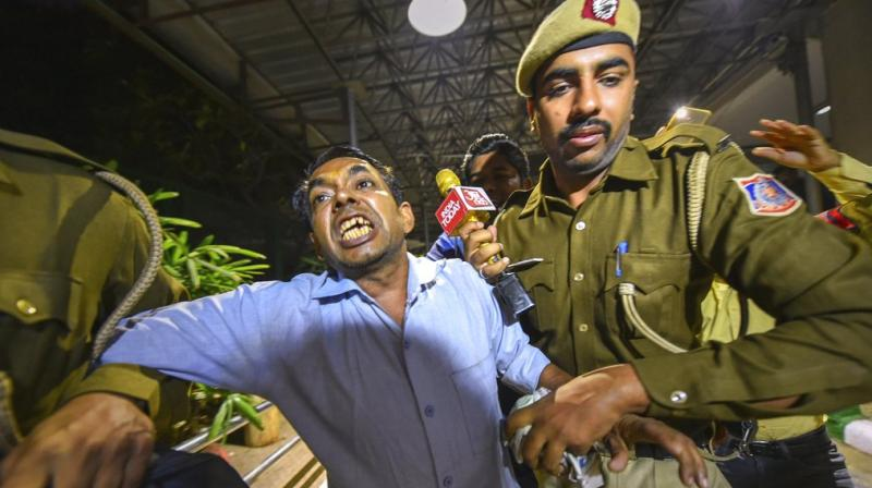 During interrogation, he claimed that he had tried to meet Kejriwal one-and-a-half-years ago but after he could not meet him, he broke the glass panes in the reception area of Delhi Secretariat. (Photo: PTI | File)