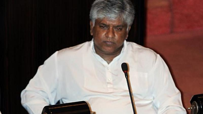 Ranatunga said he was in India giving commentaries during the pinnacle tournament and was in distress after the team lost the match against the Mahendra Singh Dhoni-led side. (Photo:AFP)