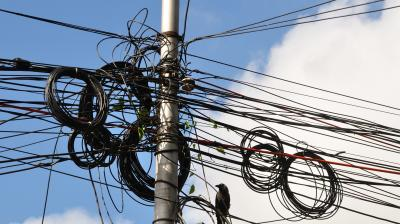Cable operators asked to remove all overhead wires on