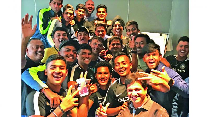 India U-19 players celebrate their coach Rahul Dravid's birthday. (Photo: BCCI)