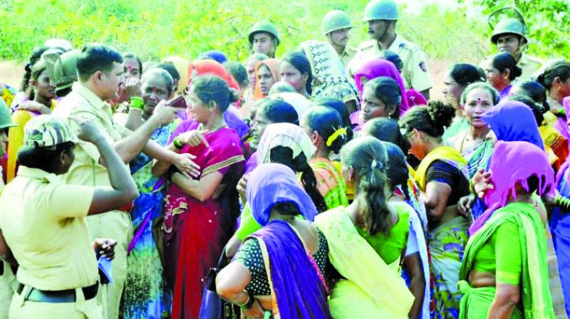 Eleven villages are protesting against proposed green refinery in Nanar, Ratnagiri.