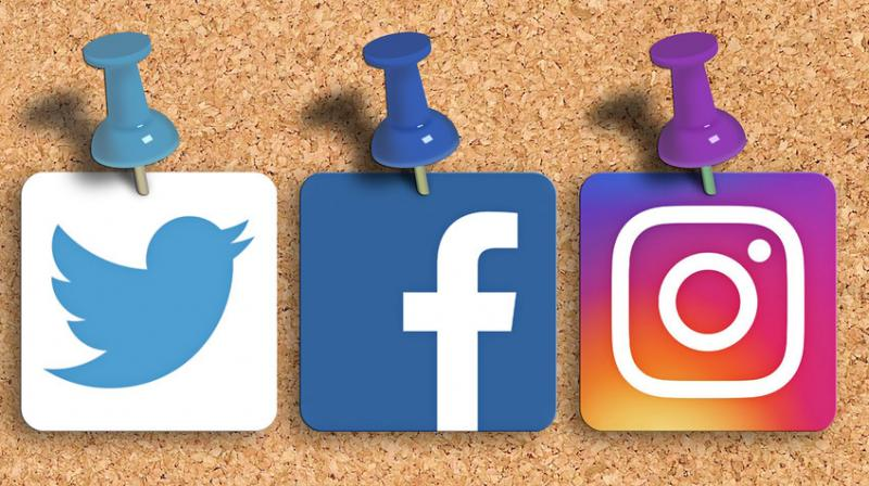 Individual users on social media, rather than rogue state players, are the ones driving the spread of misinformation. (Photo | howtostartablogonline.net)