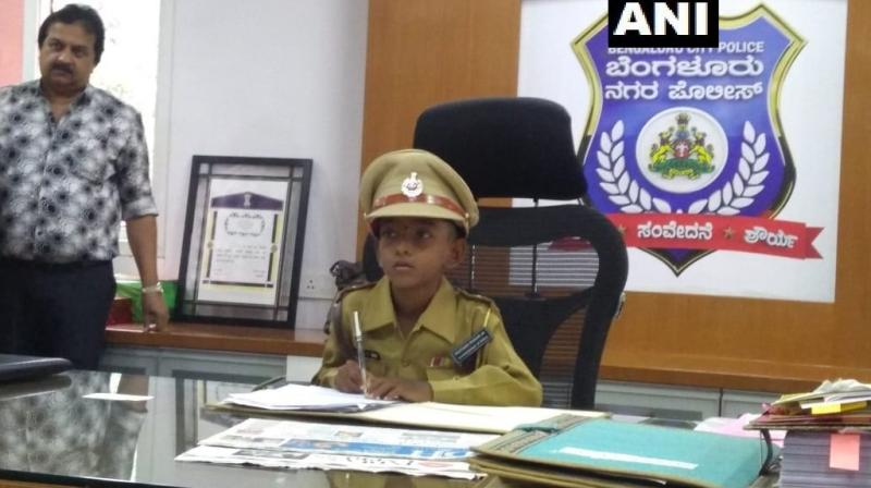 Five children in the age group of 5-11 years who are suffering from life threatening diseases were made Commissioner of Police for one day. (Photo: ANI)
