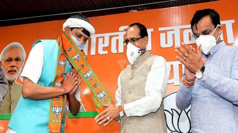 Madhya Pradesh Congress MLA Pradyuman Singh Lodhi joined the BJP. (Photo- Twitter)