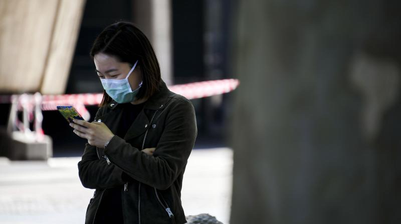 Apart from Aarogya Setu, the Centre and state governments are using at least 28 mobile applications to tackle the covid-19 pandemic. (Representative Image | AP)