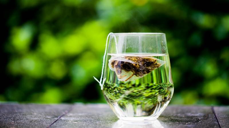 Green tea has always been a favourite among dieters and is known for its metabolism-boosting capabilities (Photo: Pixabay)