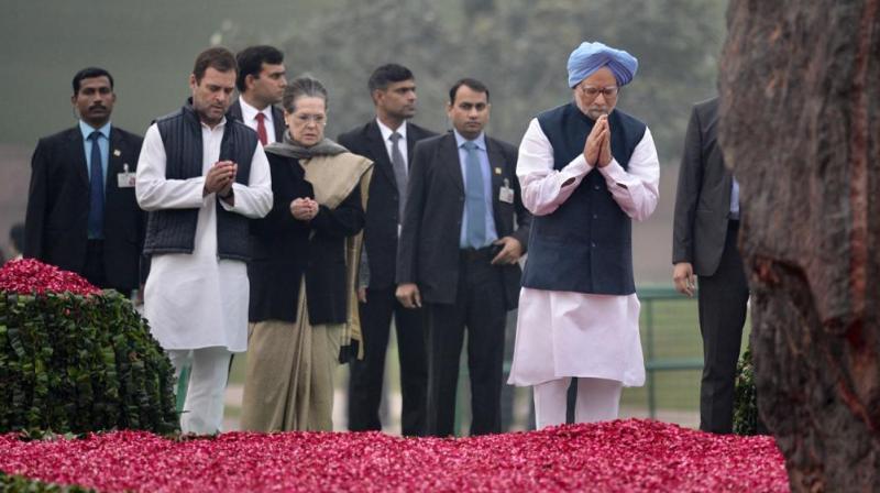 UPA chairperson Sonia Gandhi, Congress chief Rahul Gandhi, former president Pranab Mukherjee, former VP Hamid Ansari and former PM Manmohan Singh paid tribute at Shakti Sthal in Delhi. (Photo: Twitter | @INCIndia)