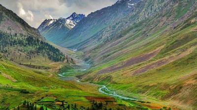 pakistani gilgit hills